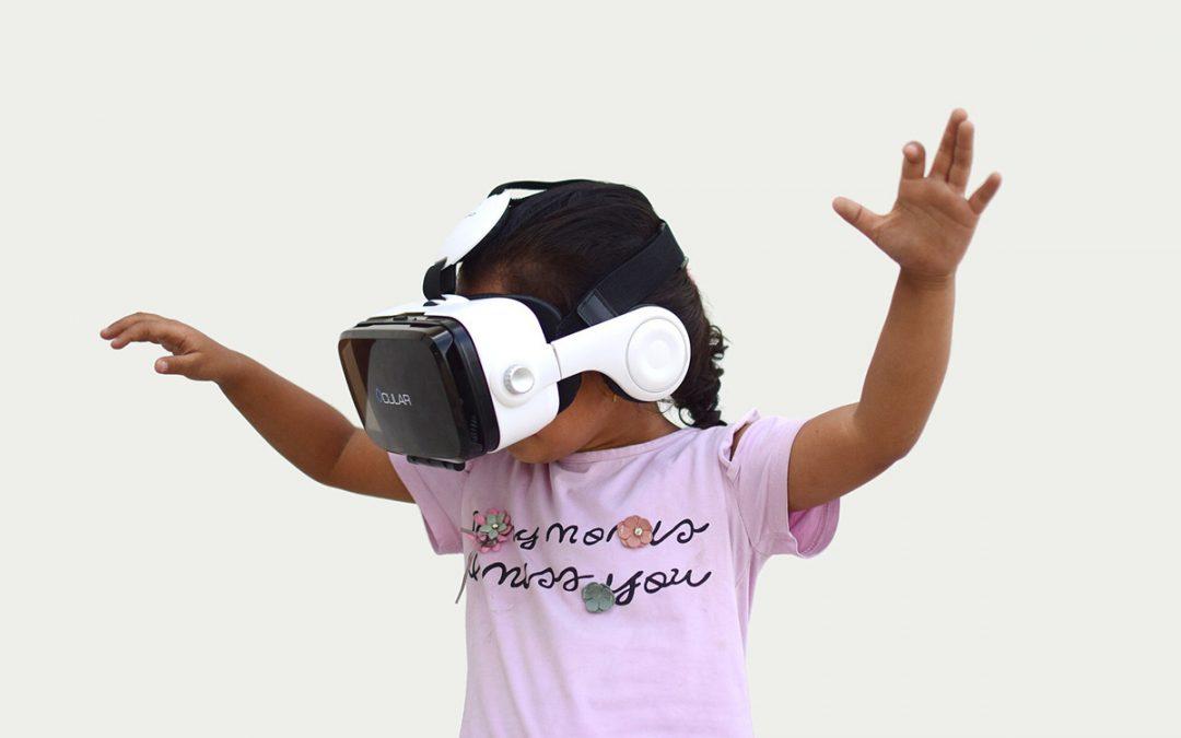 VR- tekniikka osana änkytysterapiaa: turvallisesti kohti jännittäviä tilanteita